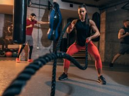 Battle ropes sind ideal für Fettverbrennung